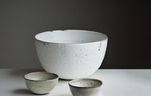 Attaining insights: Buddha's wisdom of the three bowls